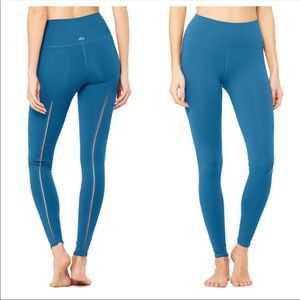 NWOT ALO Yoga Dash Leggings szSM